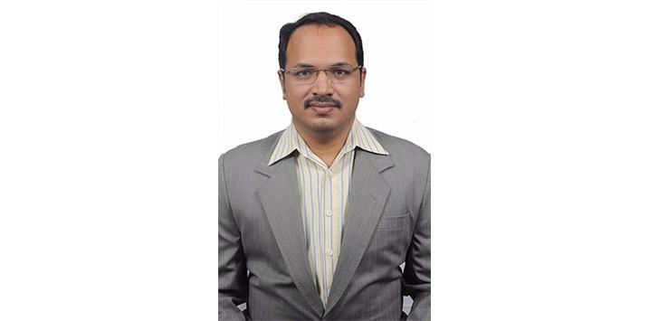 Dr.Roshan Rayen