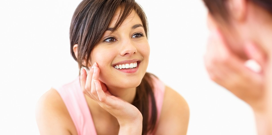 SKINtillating ways to deal with acne and acne scars